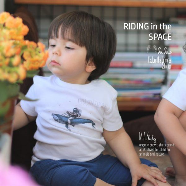 M.A.Kbaby Explore The Universe 'RIDING in the SPACE' Organik Unisex Çocuk T-shirt'ü